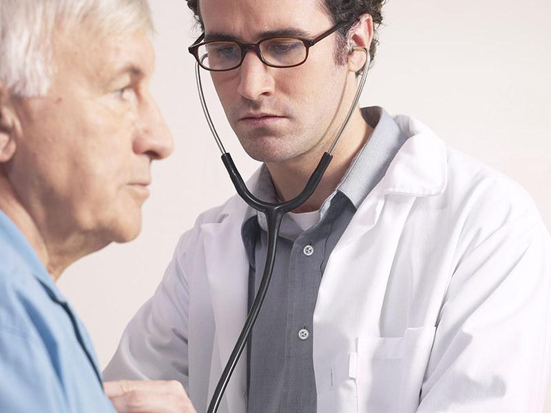 Прослушивание фонендоскопом