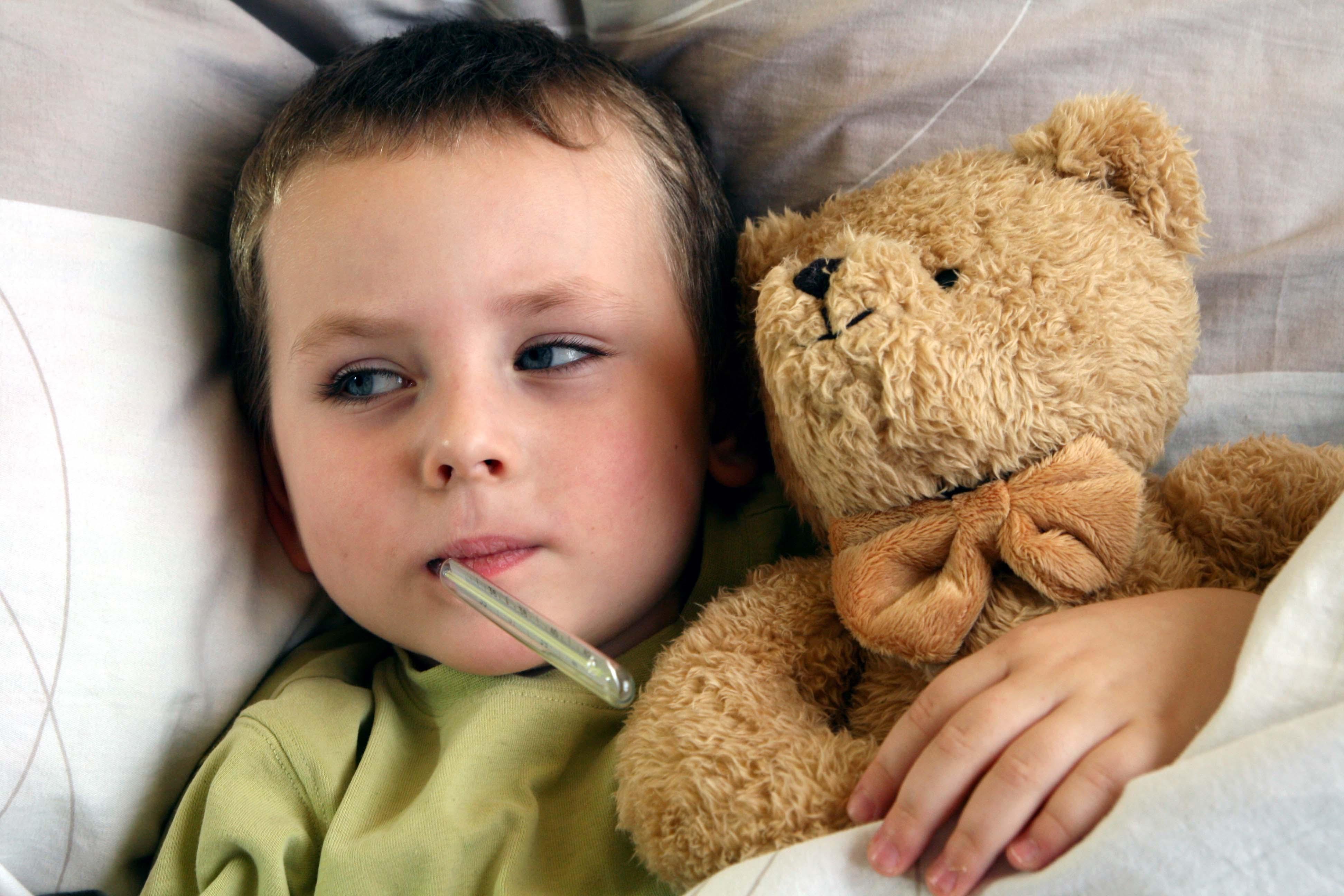 больное горло у детей фото