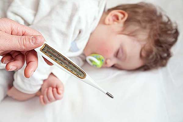 Повышенная температура у ребенка при инфекционном мононуклеозе фото