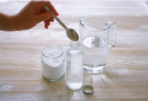 Использование соды в растворе для полосканий фото
