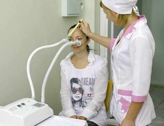 С помощью физиотерапевтических процедур можно ускорить процесс выздоровления от гайморита