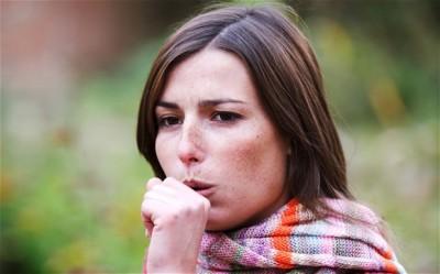 Первый симптом бронхита - кашель